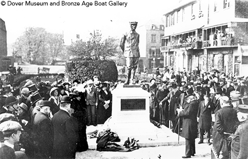 Unveiling ceremony 1912d34273