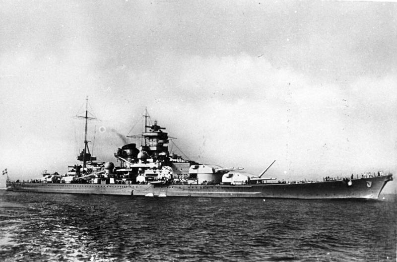 """Bundesarchiv DVM 10 Bild-23-63-07, Schlachtschiff """"Scharnhorst"""".jpg (Jan. 1939)"""